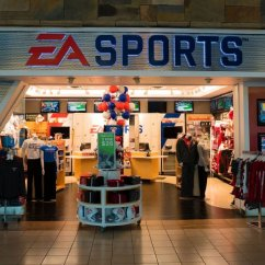 Food and Shopping at Will Rogers World Airport - EA Sports