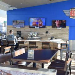 Route 66 Bar and Restaurant at Will Rogers World Airport