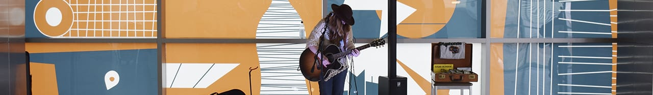 Jet Sets, Musical Performances at Will Rogers World Airport